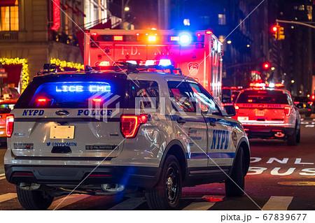 《ニューヨーク》ニューヨーク市警・マンハッタンの夜 67839677