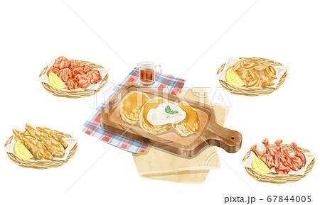 パンケーキと揚げ物水彩手描きイラスト 67844005