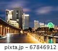 夜の横浜ベイエリア 横浜税関とみなとみらい21 67846912