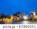 横浜 神奈川県庁と横浜税関 夜景 67860351