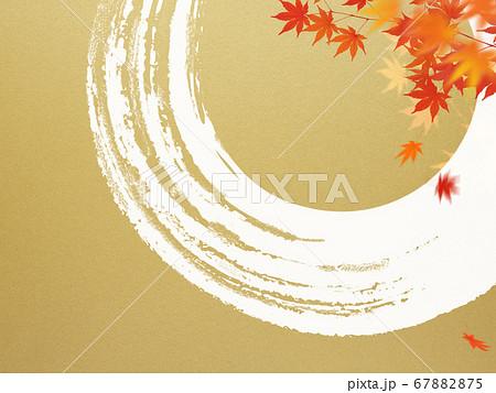 日本風の秋をモチーフにした金色の背景 67882875