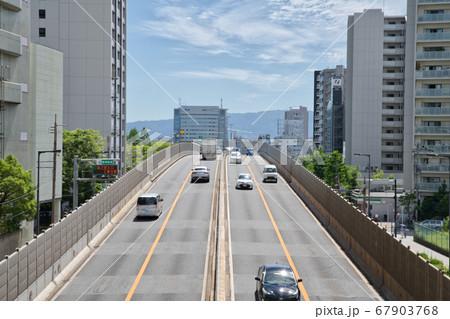 阪神高速道路13号東大阪線の交通 67903768