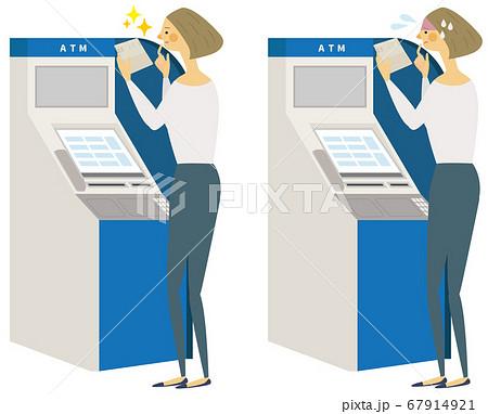 ATMを操作する笑顔と困った表情の女性 67914921