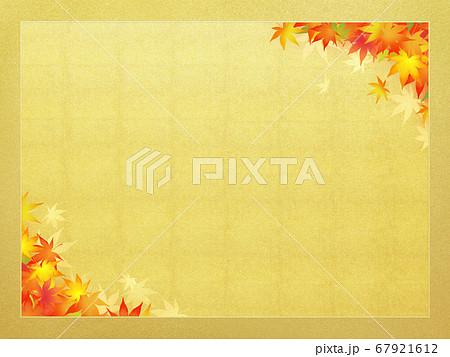 日本の秋を表現した金のフレーム 67921612