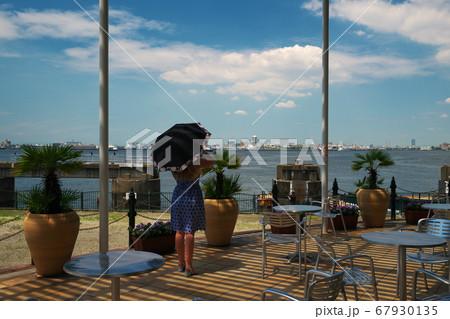 名古屋港ワイルドフラワーガーデン ブルーボネットのサニーハウスから名古屋港の眺め 67930135