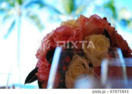 ウエディングのブーケ,Wedding bouquet 67975843
