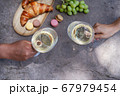picnic with wine 67979454