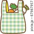 緑のエコバッグ(買い物後) 67987957