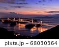 来島海峡大橋の夕日 68030364