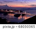 来島海峡大橋の夕日 68030365