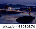 来島海峡大橋の夕日 68030370