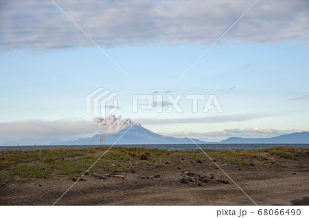 誓いの丘から見た噴火している美しい桜島 68066490