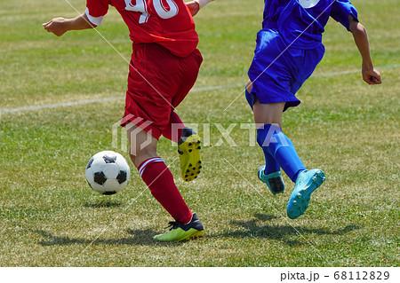 サッカー フットボール 68112829