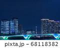 晴海のビル群と東京スカイツリー、ライトアップされた豊洲大橋 68118382