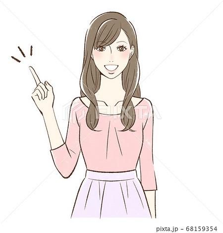 笑顔で指を差す正面向きの女性 68159354