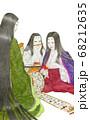 談笑する平安時代の女性たち 68212635