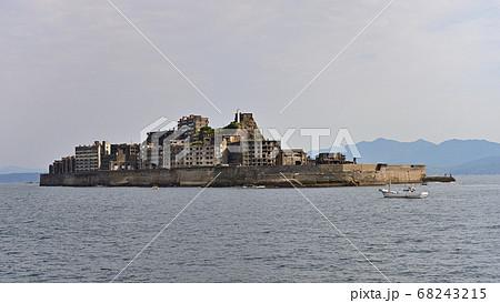 長崎県にある世界文化遺産、軍艦島(端島) 68243215