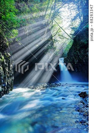唐谷滝の光芒 68263347