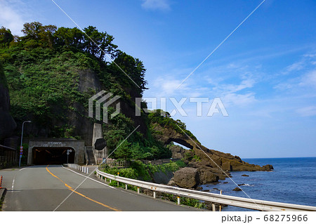 福井県越前町「呼鳥門と日本海」国道305号線 68275966