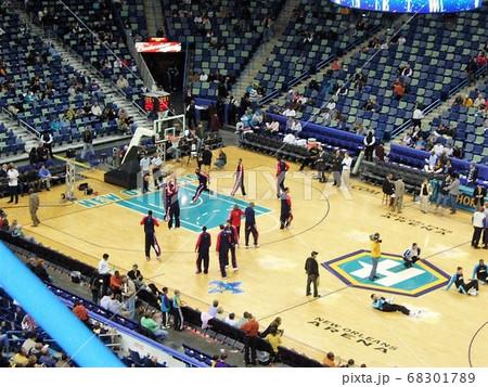 ニューオーリンズでのバスケの試合 68301789