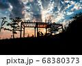 少年と夕焼けの展望台、宝塚北公園 68380373