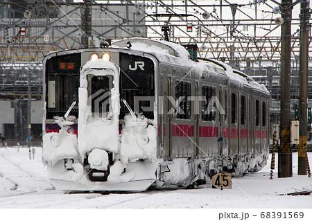 冬の奥羽本線701系(秋田⇔弘前-青森) 68391569
