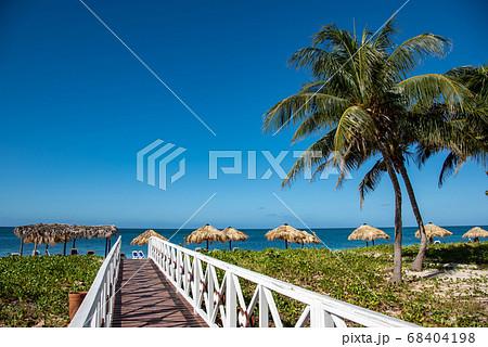 キューバ トリニダーから近いアンコンビーチ 68404198