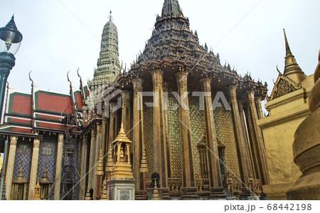 タイ王宮、ワット・プラケオ プラ・モンドップ 68442198