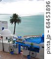 カルタゴ海岸の町、シディ・ブ・サイドのカフェ・シディ・シャバーン 68453896
