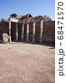 世界遺産の街並み・イタリア・チボリ・ビッラアドリアー 68471570