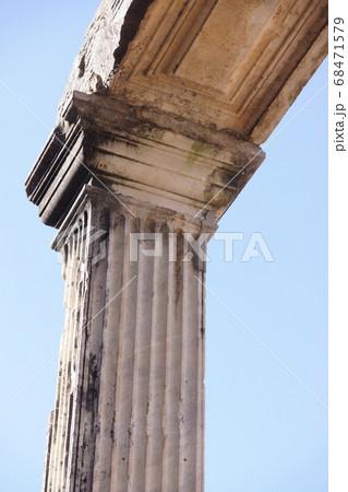 世界遺産の街並み・イタリア・チボリ・びっらアドリアー 68471579