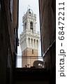 世界遺産の街並み・イタリア・シエナのマンギアの塔 68472211