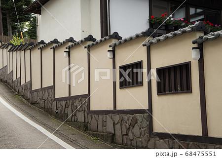 日本一の湧出量を誇る「草津温泉」 標高1200mに広がる山の中の温泉 68475551