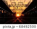 夕暮れの阪神 芦屋駅 68492500
