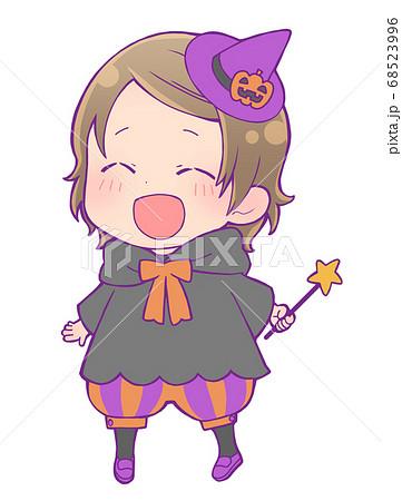 ハロウィン仮装の女の子_魔女 68523996