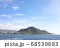 ハワイ ダイヤモンドヘッド ワイキキビーチ船上からの眺め 68539683