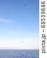 ハワイ オアフ島 ワイキキ パラセーリング 飛行機 68539686