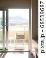 ハワイオアフ島シェラトンホテル30階から ワイキキビーチとダイヤモンドヘッド 68539687