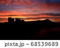 ハワイのワイキキビーチとダイヤモンドヘッド シェラトンホテル30階からの眺め  68539689