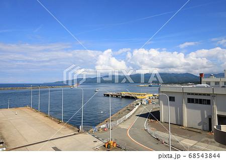 佐渡ヶ島、両津港フェーリーターミナル 68543844