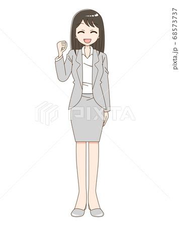 スーツを着て笑顔でガッツポーズをしている女性 68573737