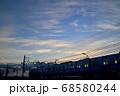 夕暮れの中川橋梁を渡る京成電車 68580244
