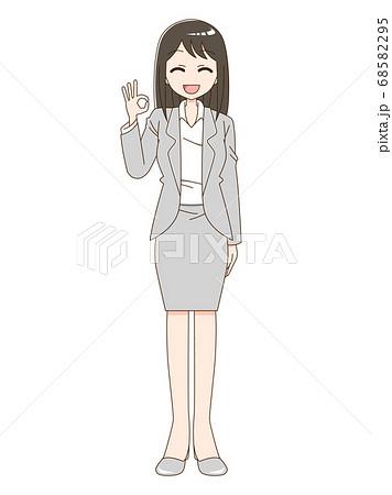 スーツを着てOKのハンドサインをしている女性 68582295