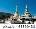 ワット・チョンカム タイ・メーホーソン 68599438