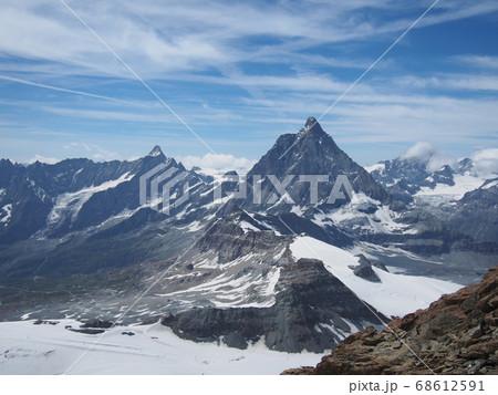 グレーシャー・パラダイスから見たスイスのマッターホルン 68612591