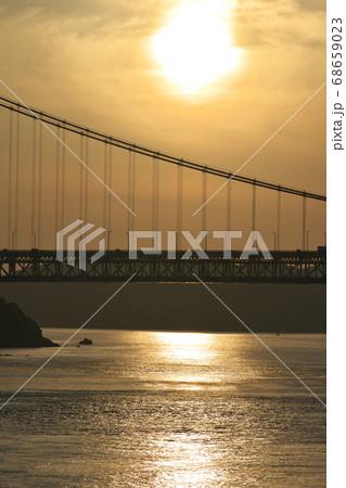 《岡山県》晴れの日、夕暮れの久須美鼻からの風景 68659023