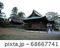「総社   淡海國玉神社」の本殿(左)と社殿(右)(静岡県磐田市) 68667741