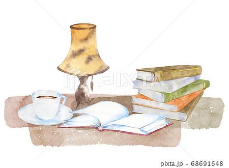 本とコーヒー、ランプの水彩画 68691648