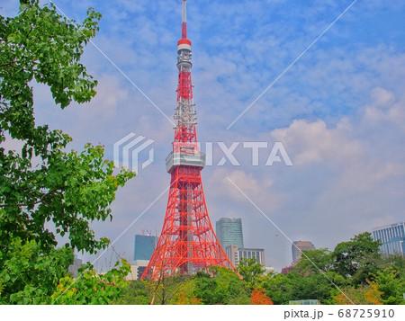鱗雲と東京タワー 68725910