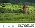 北海道蘭越町で初夏に撮影したサイロ 68766385